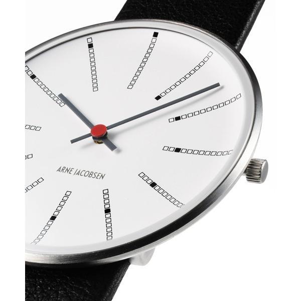視線を集めて一歩上をいく! 今注目の「ミニマルデザイン時計」