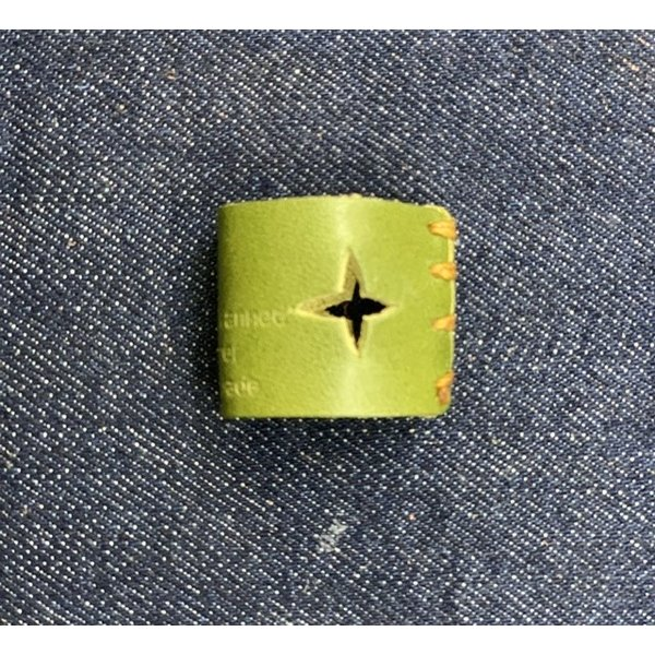 栃木レザー 革リング 非接触 タッチレス 本革指輪 レザーリング ボタン触らない 本革リング ボタン 二次接触防止 おすすめ 自社生産|beltokuda|21
