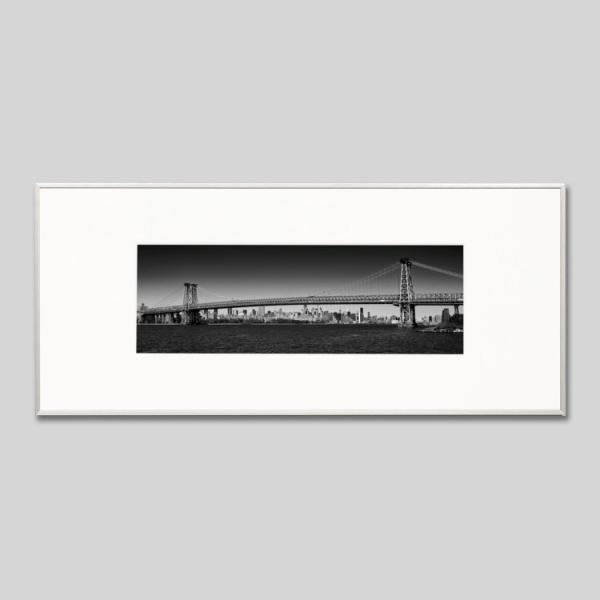 IGREBOW アイグレボウ インテリアフォト アルミフレーム Lサイズ モノクローム アメリカ ニューヨーク ウィリアムズバーグブリッジとマンハッタン