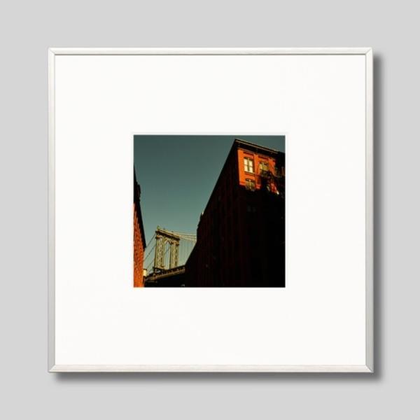 IGREBOW アイグレボウ インテリアフォト アルミフレーム Sサイズ カラー写真 アメリカ ニューヨーク ブルックリンからマンハッタンブリッジ