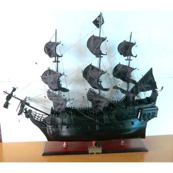 【アウトレット・ワケあり品】 ブラックパール号 カリビアンパイレーツ 35インチサイズ 海賊船 帆船模型 完成品