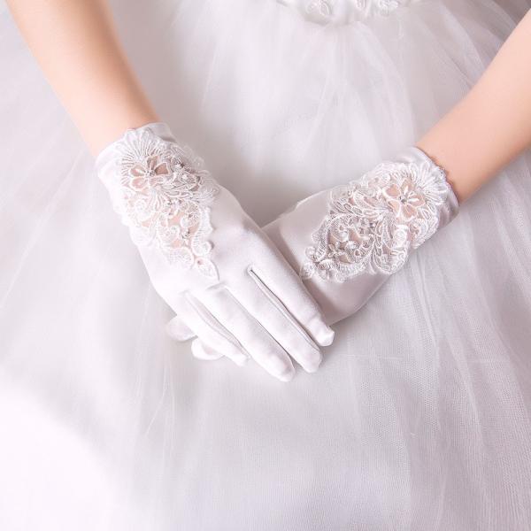 94d5dd514d243 ホワイト ライダル用手袋ウェディンググローブ レースグローブ サテン ショート手袋HS143Z