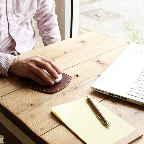 マウスパッド 革 スリム ミニ / 本革 8色  PCアクセサリー 光学式 マウス メンズ レディース シンプル 名入れ / 誕生日 プレゼント おすすめ blanc-couture 03