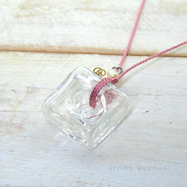 アロマペンダント ネックレス ガラス アロマデュフューザー 白 ガラス 淡水パール|bluelace