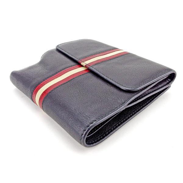 4.0 x 3.5 -Batman Buckle-Down Buckle-Down Bifold Wallet Batman Accessory