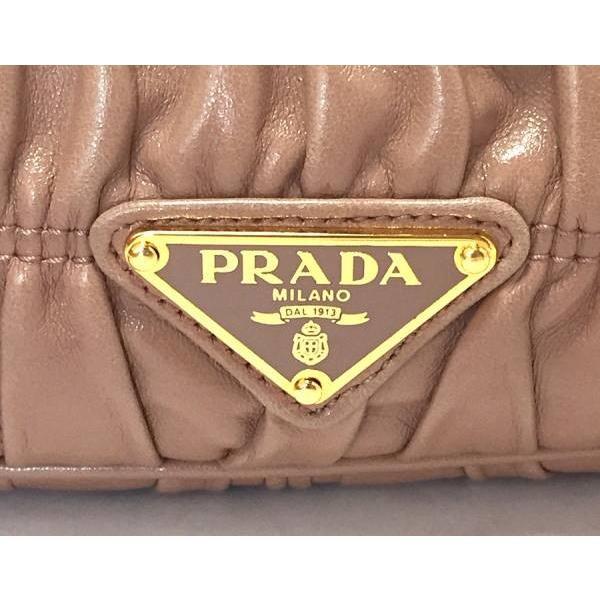 美品 プラダ ハンドバッグ レザー ギャザー ピンクベージュ バッグ レディース PRADA パーディバッグ 三角プレート フォーマル