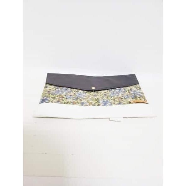 タケオキクチ セカンドバッグ ダークブラウン×白×マルチ 合皮×PVC(塩化ビニール)×ナイロン 新着 20190413