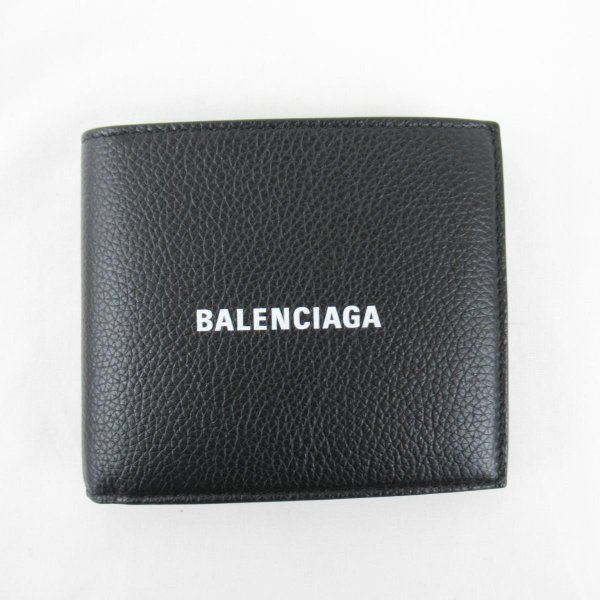 『CASH SQUARE FOLDED COIN WALLET(5943151IZ431090)』