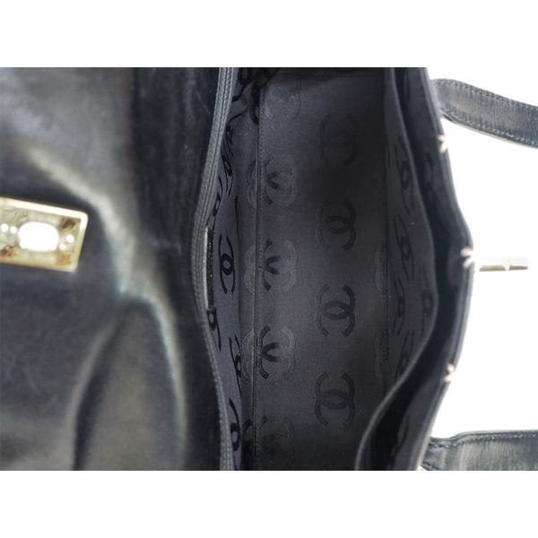 シャネル CHANEL ワイルドステッチ ショルダーバッグ ブラック レザー レディース 小さめ 7番台(2002年頃) 白ステッチ マトラッセ A5収納可 CCマーク 中古