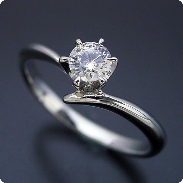 婚約指輪 0.5カラット エンゲージリング 一粒 ダイヤモンド プロポーズ用 ブライダルジュエリー プラチナ 6本爪Vラインタイプの婚約指輪 Fカ