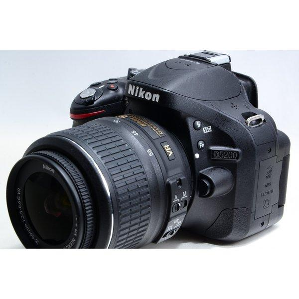 ニコン Nikon D5200 レンズキット  新品SDカード付き!
