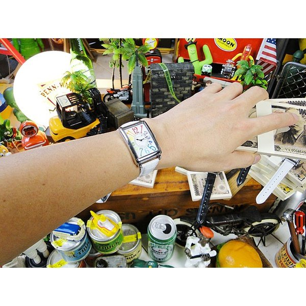 天才時計師フランク三浦の腕時計 初号機(改)通常サイズ(レインボーホワイト) アメリカ雑貨 candytower 03