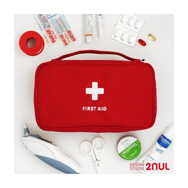 2nul First-Aid Pouch Large 救急ポーチ 薬ポーチ 薬 救急ボックス 救急箱かわいい シンプル 女性 高校生 中学生 修学旅行 海外旅行 旅行用品 トラベル用品