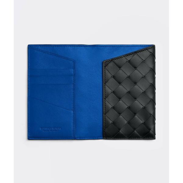ボッテガヴェネタ BOTTEGA VENETA パスポートカバー ブラック コバルト 編み込み カーフスキン レザー