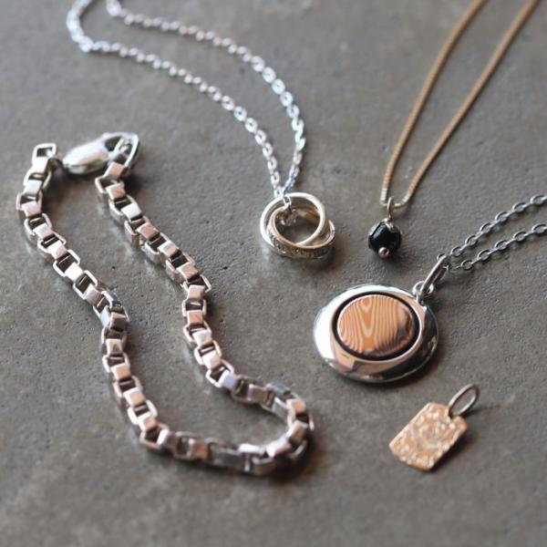 スーマンダックワ ネックレス Suman Dhakhwa ロータス ストーン ペンダント ベネチアン チェーンセット K10 Lotus Stone Pendant Onyx Venetian Chain K10YG|charger|12