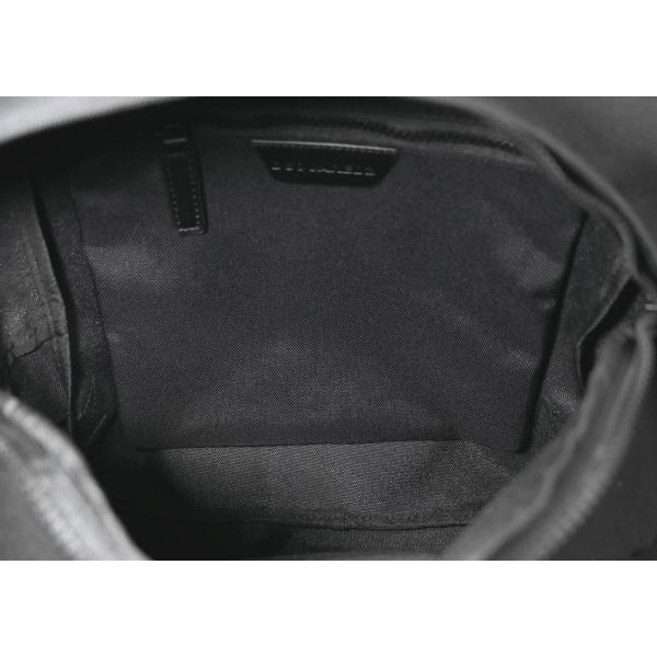 未使用品 【現行品】 DSQUARED2 (Dスクエアード2) ICON バックパック キャンバス ブラック 刺繍入り メンズ