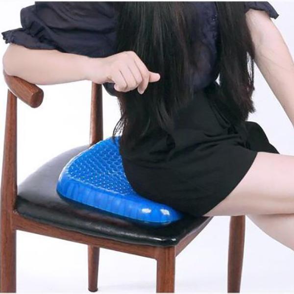 ゲルクッション 無重力エッグシッター 椅子用 通気性抜群 腰痛 座布団 蜂の巣デザイン 体圧分散 ゲルクッション ジェルシート デスクワーク ドライブ|clair2020|06