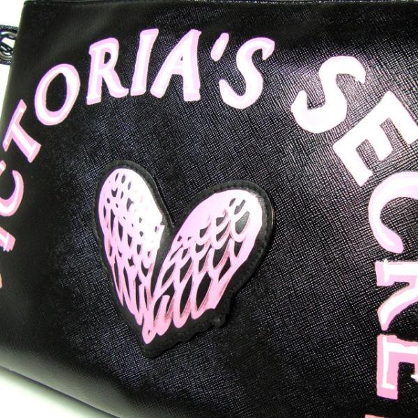 【送料無料】VICTORIA'S SECRET Graffiti Beauty Pouch ヴィクトリアシークレット ポーチ 小物入れ コスメポーチ 大きめ ブラック|climb-f|04
