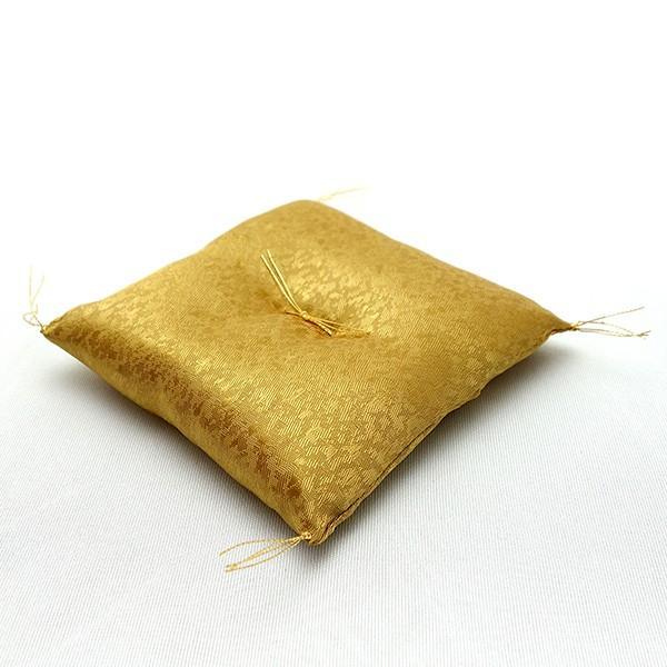 お正月飾り 亥(いのしし) の置物 ちりめん 座布団・立札付き 「金運丸亥」  リュウコドウ  日本製(京都) かわいい亥年のお正月飾り|clipboad|08