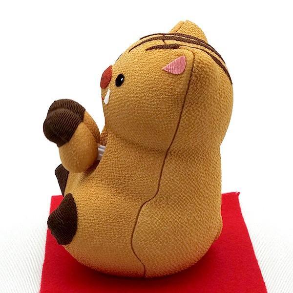 お正月飾り 亥(いのしし) の置物 ちりめん Pケース入り 「ソーラーいのしし」  リュウコドウ  日本製(京都) かわいい亥年のお正月飾り|clipboad|04