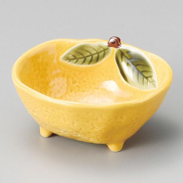 和食器 小さな 黄柚子三ッ足小鉢 9.1×7.7×4.3cm ボウル うつわ 陶器 カフェ おしゃれ おうち