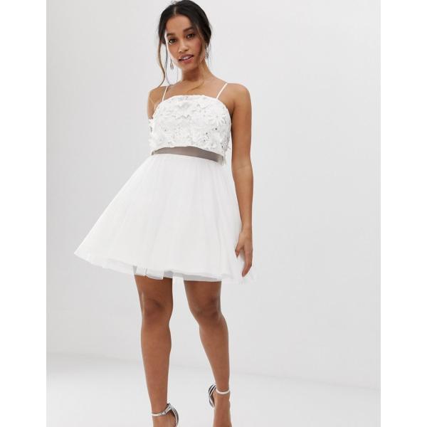 エイソス ミディドレス レディース ASOS DESIGN Petite embellished crop top mini dress with 3D applique flowers エイソス ASOS ホワイト 白