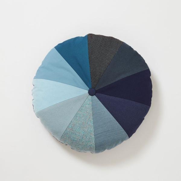 クッション 北欧 デンマークデザイン インテリア Place de Bleu : グラディエント|crossed-lines