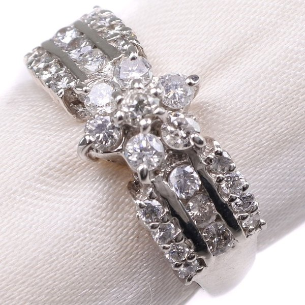ダイヤモンド リング・指輪 Pt900プラチナ 12号 0.70刻印 レディース 中古  SAランク