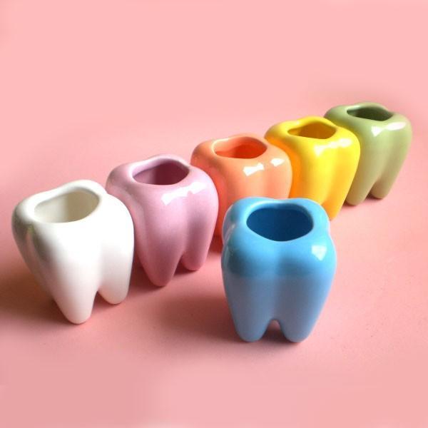 つまようじスタンドデンタ君 / 歯のデザインの雑貨 歯ブラシスタンド 歯間ブラシ置きにも|csselect