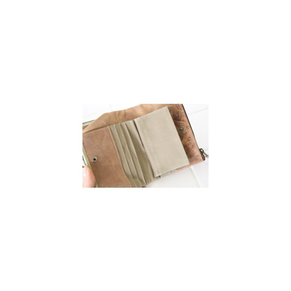 ファスナー&がま口・ダブルポケット二つ折り財布(メンズ革財布・レディースレザー財布)[Ain Soph/アインソフ・プレゼントにお勧め]【送料無料】|curicolle|06