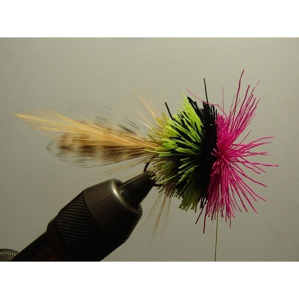 バスバグのタイイングDVD The Stacked Deer Hair Diver スーパーフライ 基礎編|curtiscreek|05