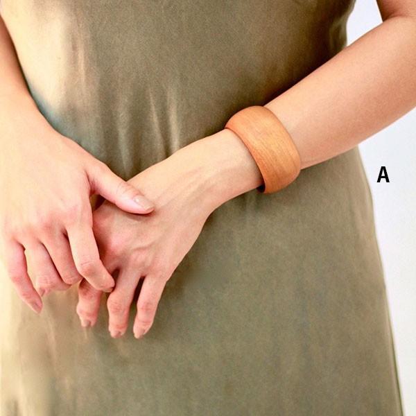 "【su Ha】""Wood cuff""木肌色のブレスレット|d-tsutayabooks|06"