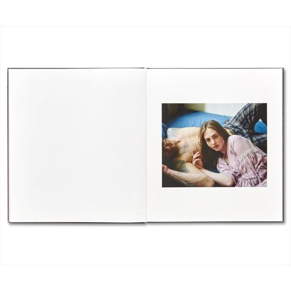 I KONW HOW FURIOUSLY YOUR HEART IS BEATING by Alec Soth|d-tsutayabooks|04