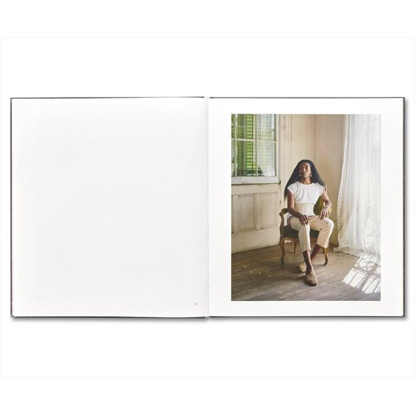 I KONW HOW FURIOUSLY YOUR HEART IS BEATING by Alec Soth|d-tsutayabooks|05
