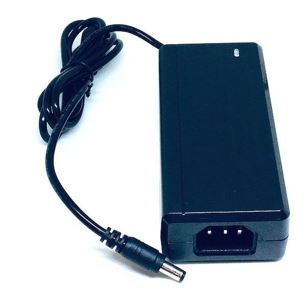 LED電源部品  12V 5A (AC アダプター, 5 アンペア,テープライト等の LED 照明器具用, 3A, 4A用にも! 送料 120 円) dasyn 03