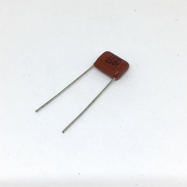 LED 電球・器具改造に適した 0.1 μF フィルム・コンデンサ