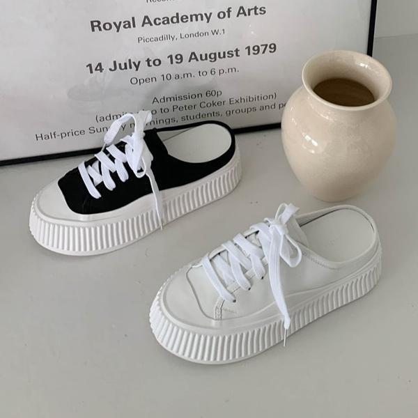 スニーカー サンダル 厚底 フラット キャップトゥ レディース 黒 白 ブラック ホワイト 歩きやすい 痛くない カジュアル シンプル スリッポン 靴 婦人靴 韓国