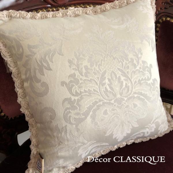 プチタッセル付きクッション 淑女の扇とフルールドリスボゥ グレー系 Decor CLASSIQUE decor-classique 07