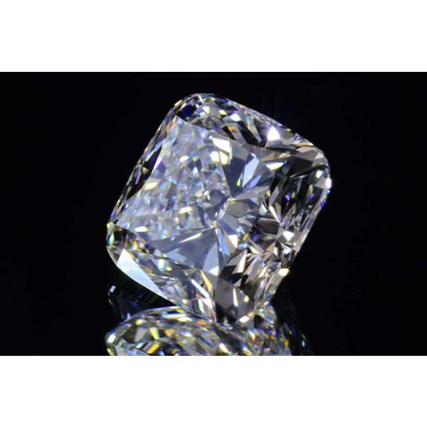 1カラットクッションカットダイヤモンドDカラーIF GIA鑑定書つき 透明感のある優しい輝きさん|diadia|02