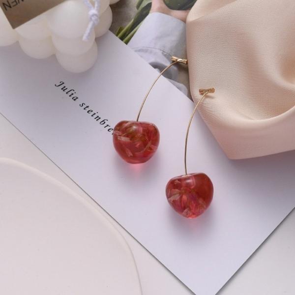 さくらんぼイヤリング レッド ドライフラワー封入イヤリング 赤色 韓国 オルチャン かわいい ピアス アクセサリー