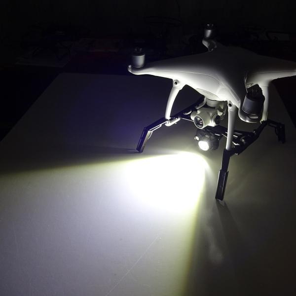DJI Phantom4ヘッドライト|dplan