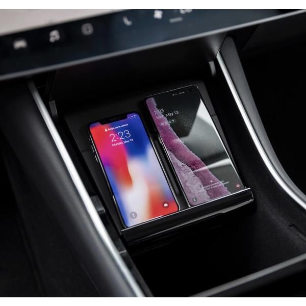 テスラ モデル3 用 携帯チャージャーケーブル 純正品 TESLA Model 3 Phone Charging Cable - Lightning + USB-C Bundle -|ducatism|03