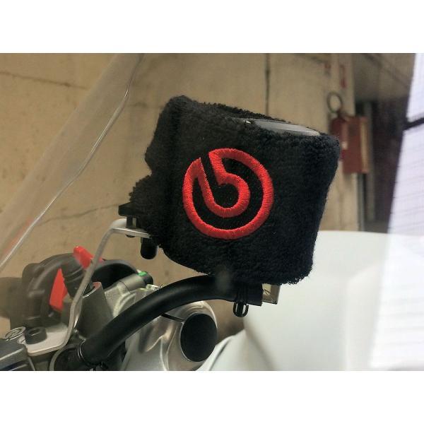ブレンボ 純正 オイルタンクカバー 大 brembo ジャパン正規品 S50 リザーバータンク カバー 80x50mm ブラック/赤ロゴ 1個 99.8637.56 ducatism 04