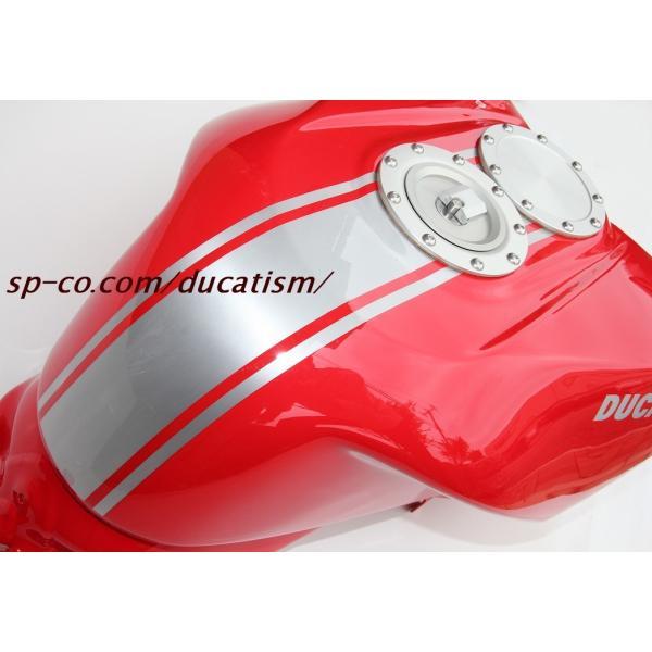 ビーターアルミタンク 塗装1198SPヘアライン仕上げ込み (モニター特価!!)純正デカール代+デカール貼付+ハードクリア塗装代 (タンクと同時購入に限ります)|ducatism|02