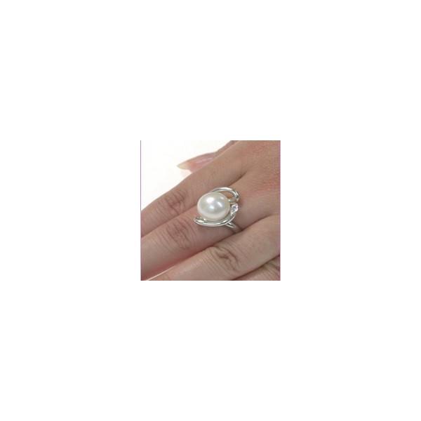 PT900(プラチナ 900) 南洋パール ダイヤモンド リング 大粒