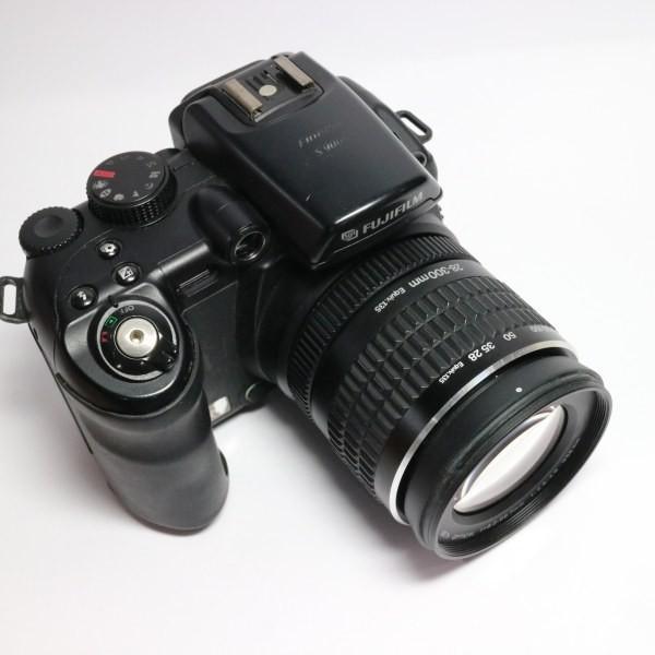 美品 FinePix S9000 ブラック 中古本体 安心保証 即日発送 FUJIFILM デジカメ デジタルカメラ 本体