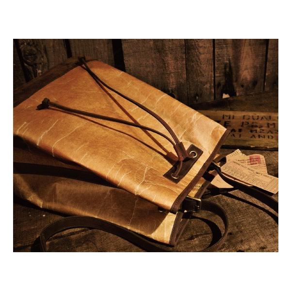 『アドール』バケットバッグ / 『ADOLE』BUCKET BAG (ワックスファブリック × レザー)【お取り寄せ商品:2-4営業日以内で発送】