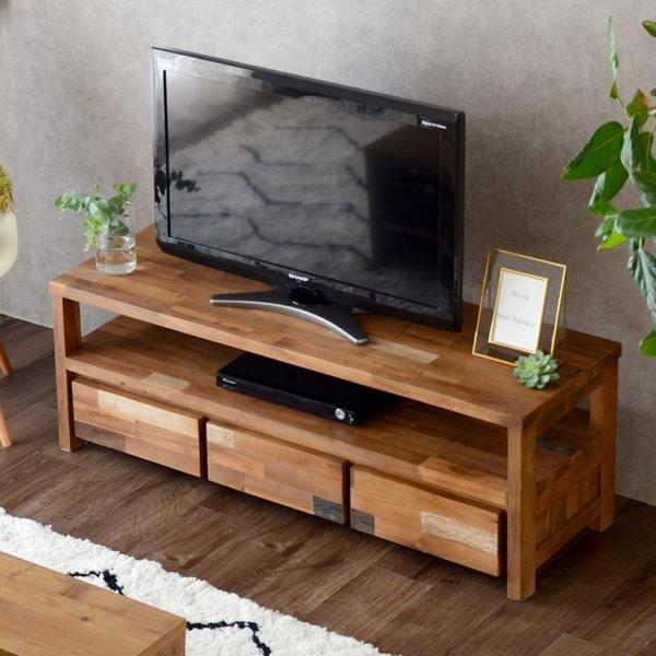 モザイクパターンのテレビボード
