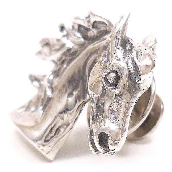 ベルフィオーレ:馬のピンバッジ