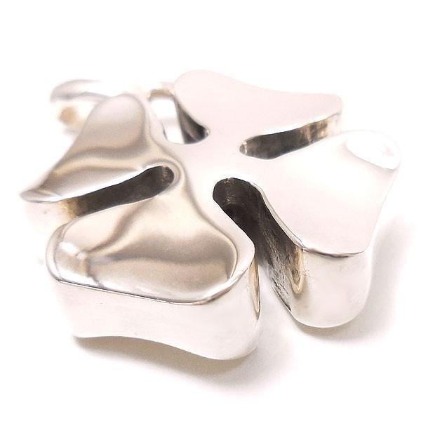 サツルノ:四つ葉クローバーの銀製チャーム